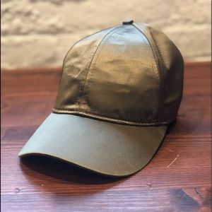 H&M Satin Ballcap